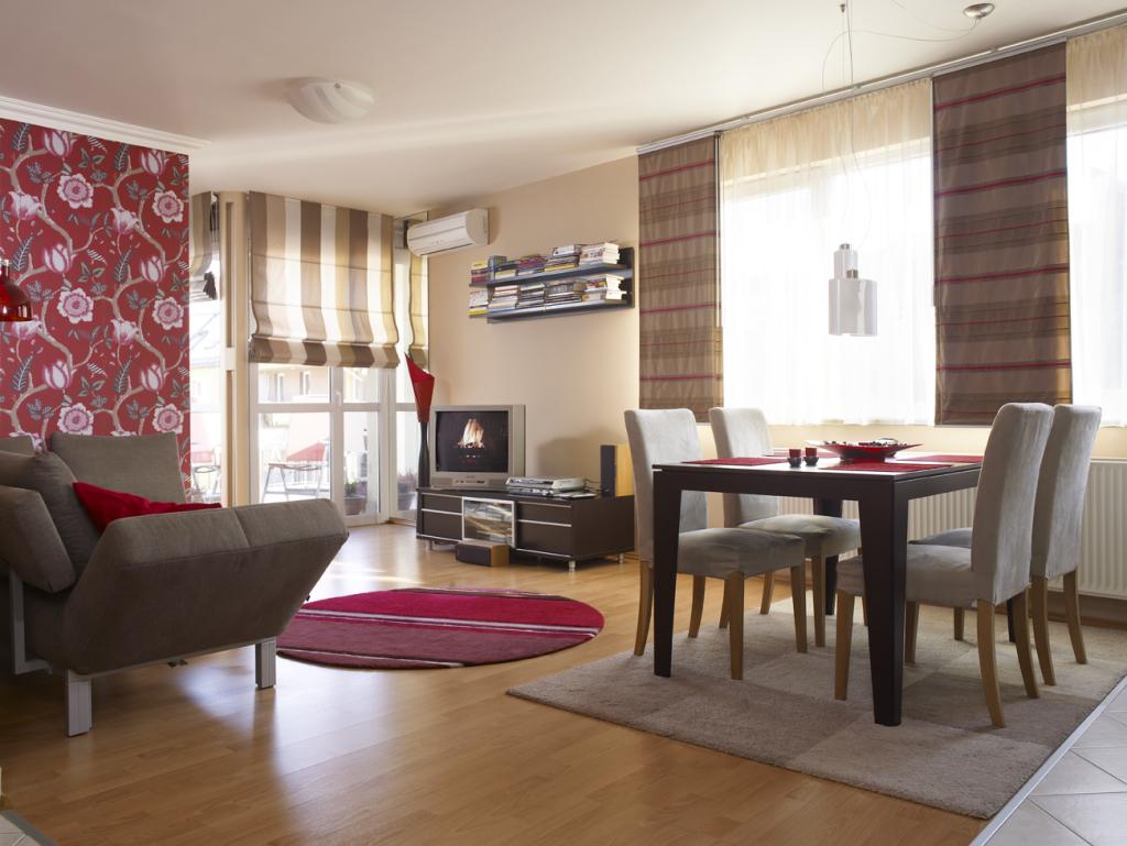Szabálytalan alakú nappali a Ferencvárosban